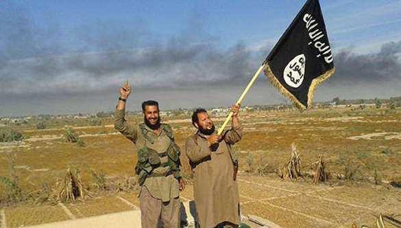 Вместо рая и гурий — чебурек: ИГИЛ начало вербовать джихадистов за еду