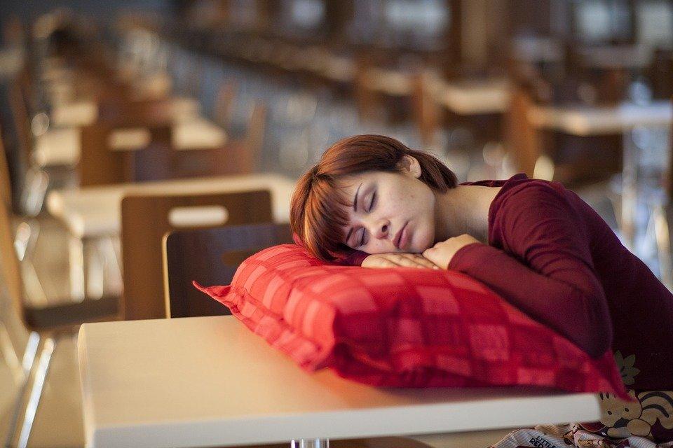 Создано снотворное, позволяющее проснуться в момент опасности