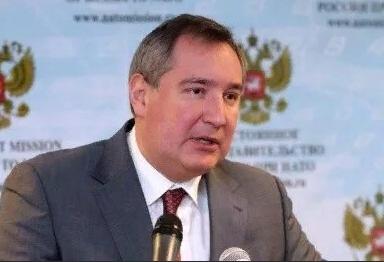 Россия будет осваивать лунную орбиту без американцев