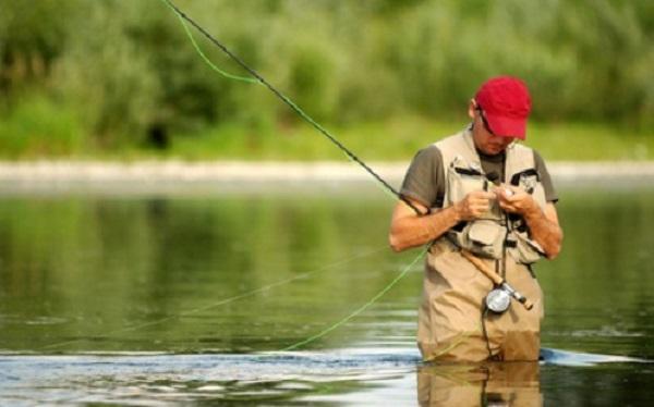 Все о рыбалке нахлыстом – самая исчерпывающая статья