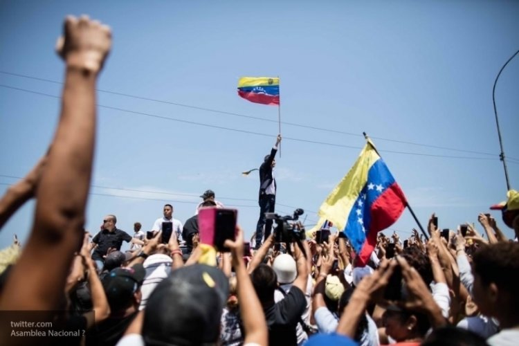 Авторы революции в Венесуэле готовят новый сценарий для Каракаса..
