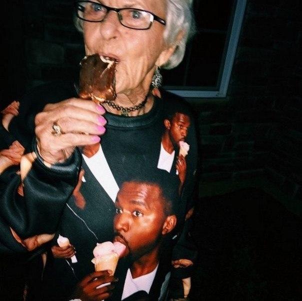 Звезда интернета - 86-летняя Элен Рут ван Винкл.