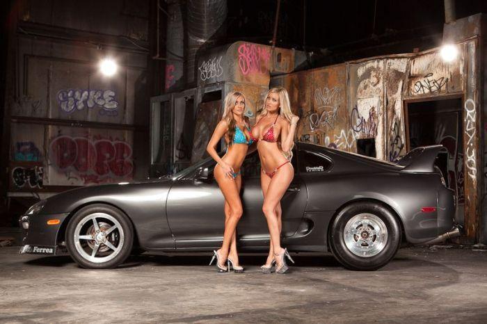 Секси девушки и авто