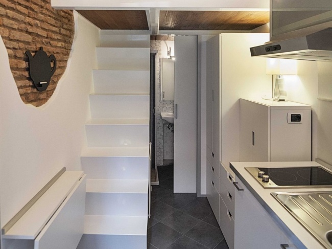 Вот что бывает, когда дизайнер заселяется в маленькую квартиру