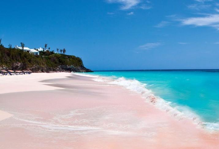 Розовые песчаные пляжи Бермуд