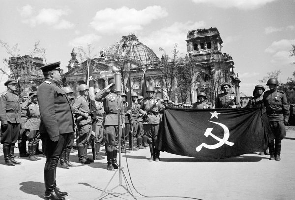 Как водружали Знамя Победы
