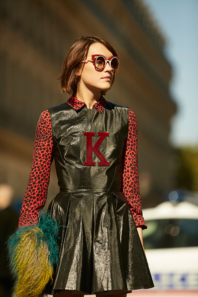 Неделя моды в Париже, весна-лето 2016: street style. Часть 1 (фото 19)