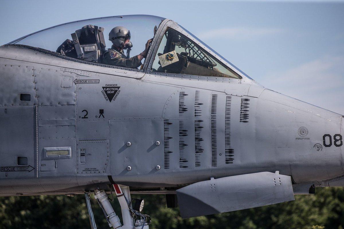 Штурмовики А-10 в Эстонии