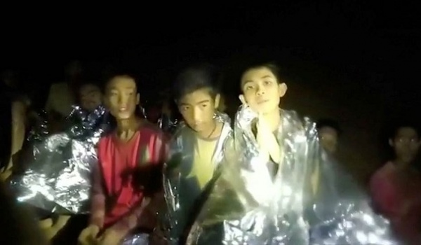 Маск предложил несколько способов эвакуации детей иззатопленной пещеры
