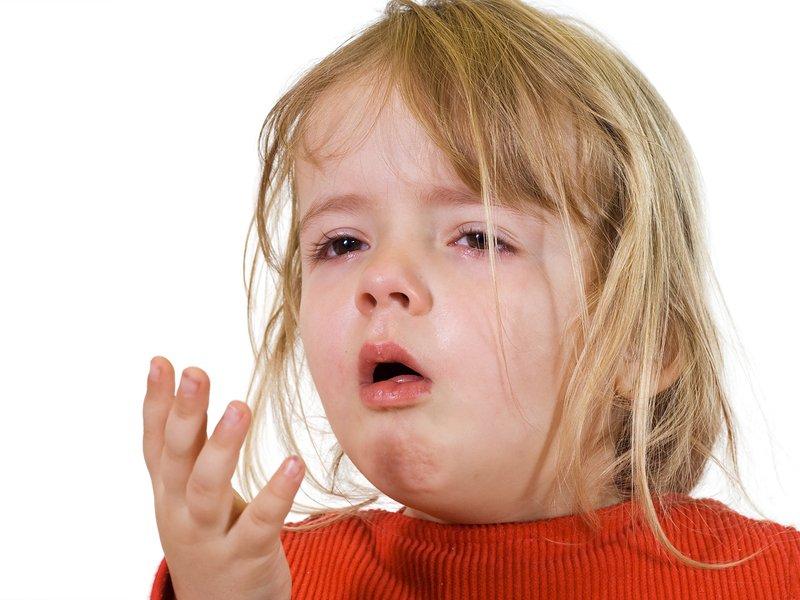 Почему происходит выделение мокроты?