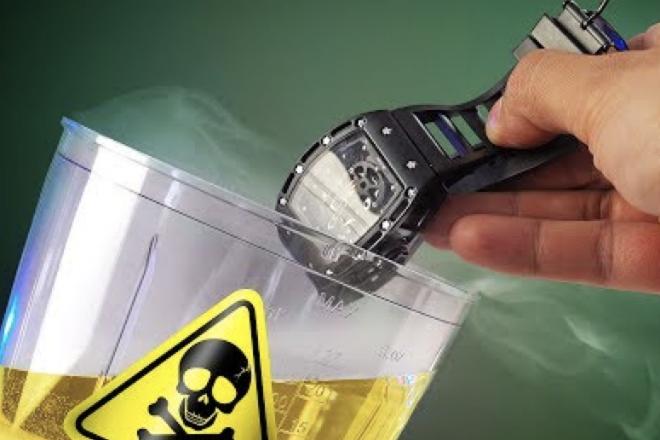 Что будет если опустить часы в соляную кислоту