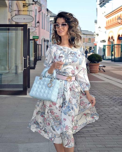Как летом выглядеть стильно и шикарно —  образы с платьями от модных блогеров