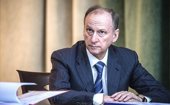 Патрушев заявил о невозможности помешать притоку россиян в ополчение ДНР
