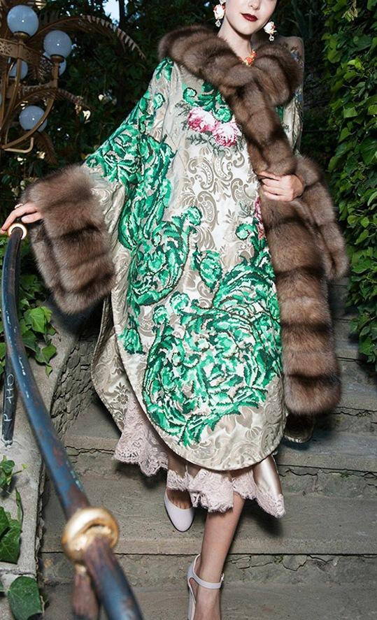 Кутюрная коллекция Dolce & Gabbana Alta Moda осень-зима 2015-2016: красочная  фантазия на тему красоты и роскоши