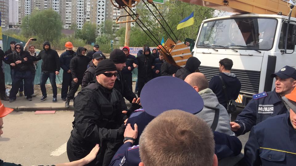 В Киеве произошла бойня межд…