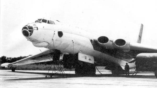 Самолет М-4: советский «Бизо…