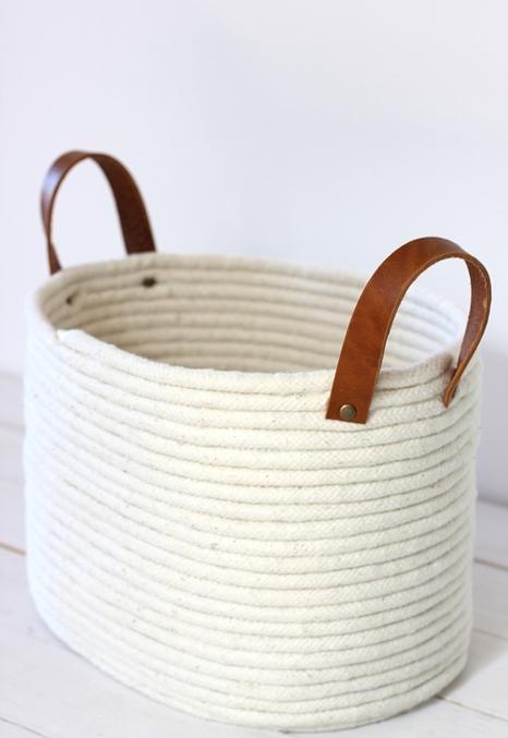 Корзинка из бельевой веревки