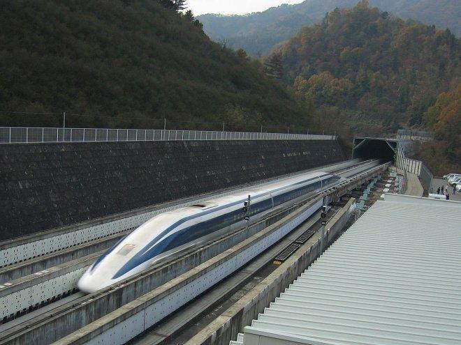 Реально, но не скоро: в России рассказали о разработке поездов на магнитной подушке