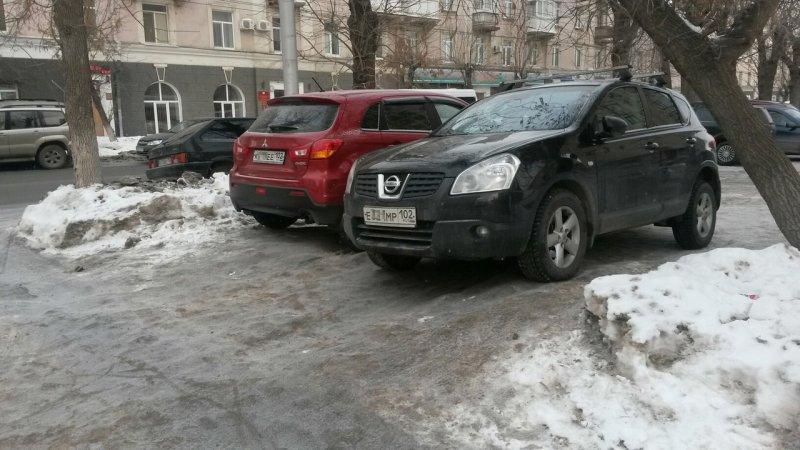 В Уфе поцарапали припаркован…