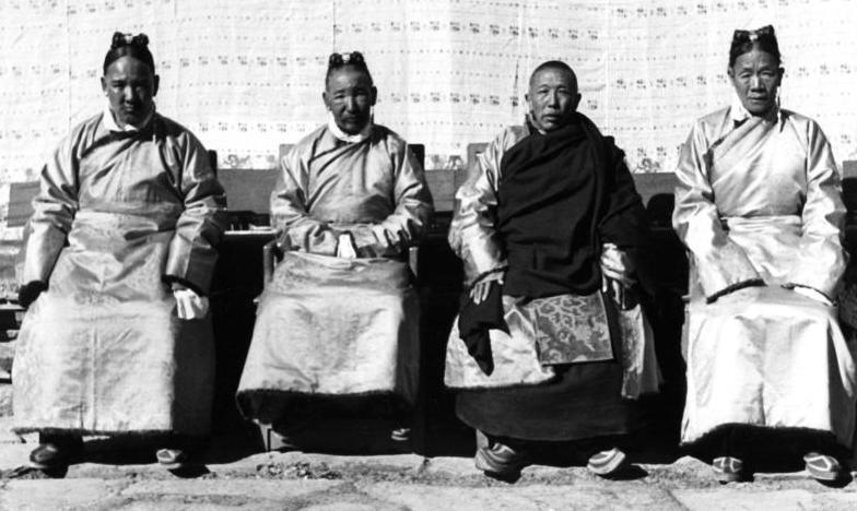 Зачем большевики приглашали тибетских монахов