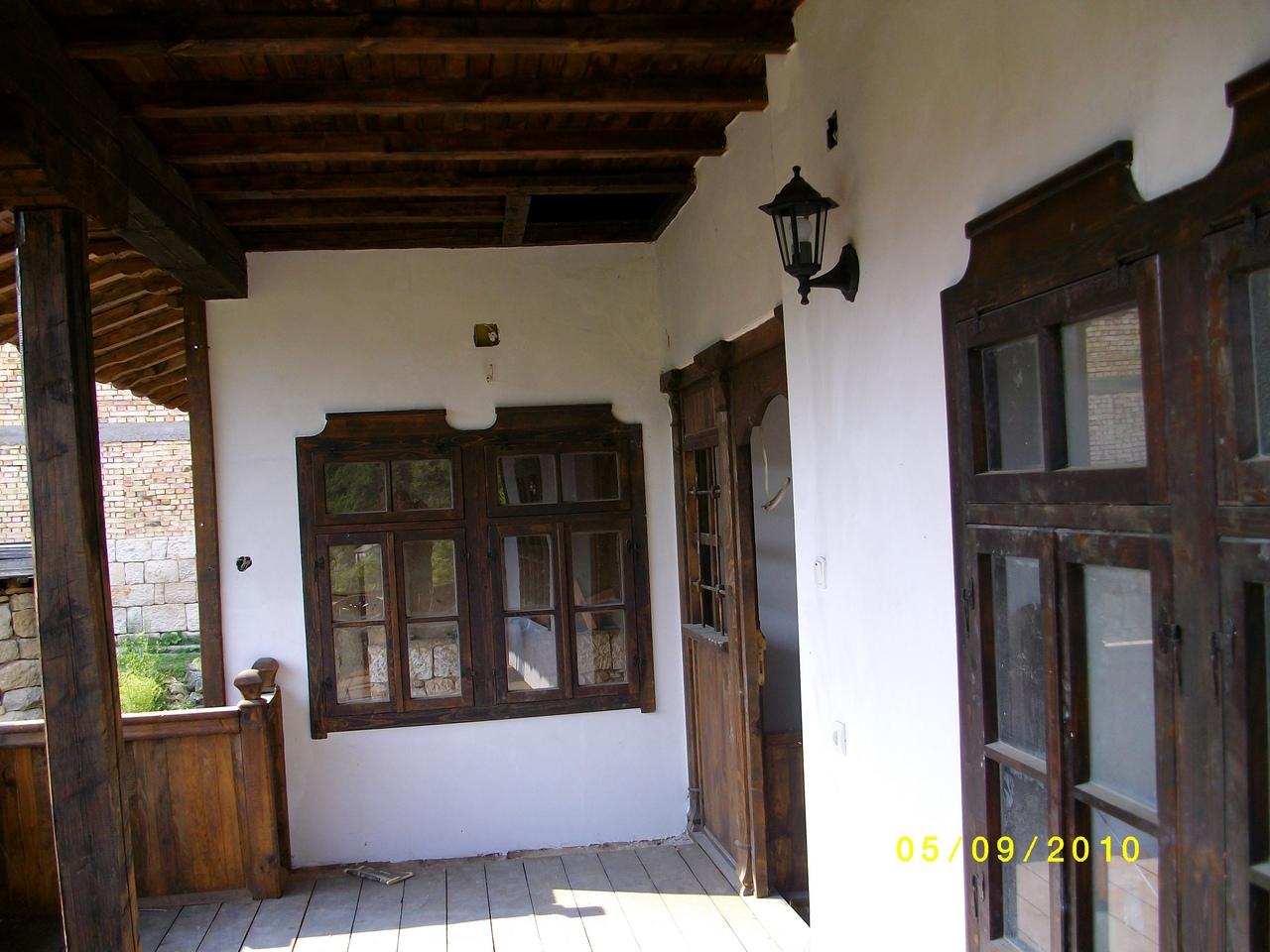 новопостроенои дом в старинои болгарскии стил в село червен,болгария,150кв.м ,шесть комнатъ и прекраснои взгляд 26000 евро,00359878600910