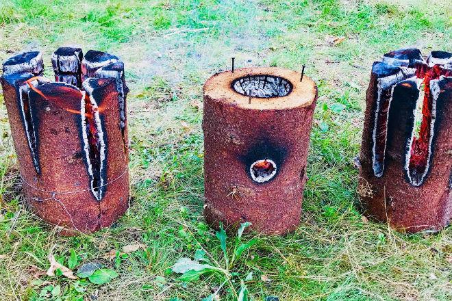 Как изготовить финскую свечу из полена