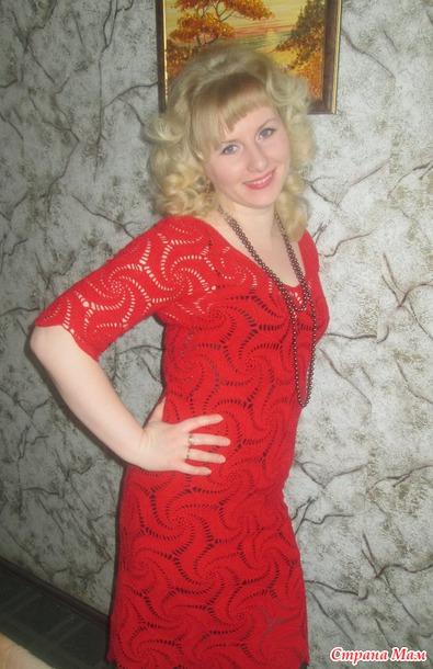 Красивое летнее платье из мотивов