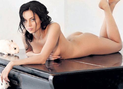 samburskaya-eroticheskie-foto