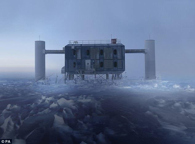Лаборатория IceCube на Южном Полюсе - крупнейшая нейтринная обсерватория в мире. ynews, Чёрные дыры, астрономия, галактика, космос, наука, новости, ученые