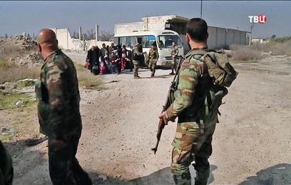 Более 700 мирных жителей ушли из Восточной Гуты 24 марта