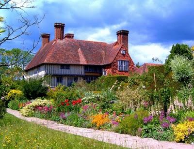 Старые или старинные дома Англии. Странности Великобритании