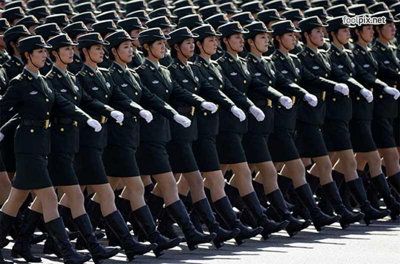 Девушки на службе в армии фото 39