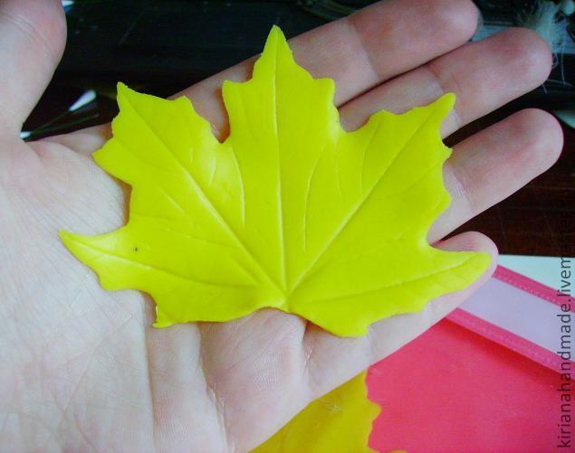 Осенние листья своими руками из гофрированной бумаги своими руками 84