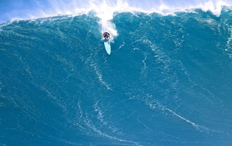 5 самых известных серф-спотов, куда приходят легендарные гигантские