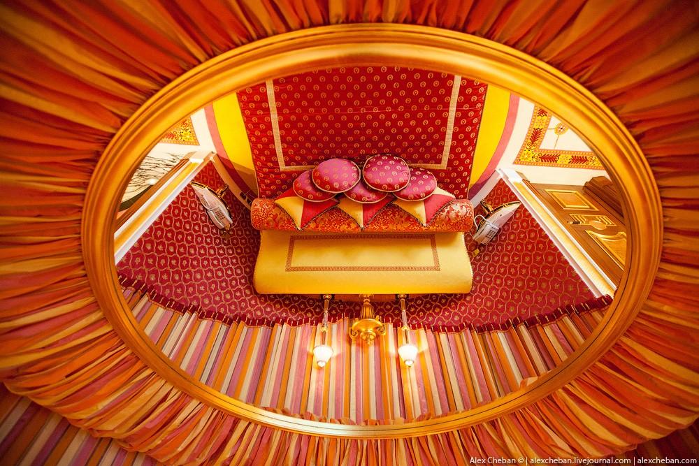 BurjAlArab25 Золото для шейхов и олигархов: самый дорогой номер в семизвездочном отеле Burj Al Arab