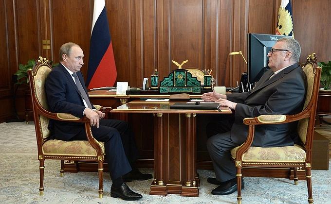 Путин вспомнил про налог за бездетность – 6% с мужчин