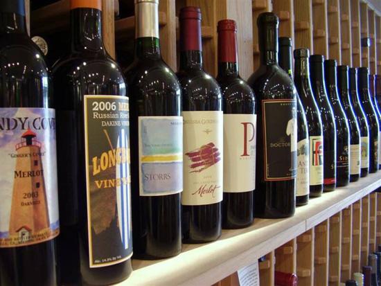 Где ни в коем случае нельзя хранить вино