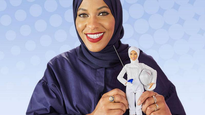 Впервые за 58-летнюю историю Барби надела хиджаб