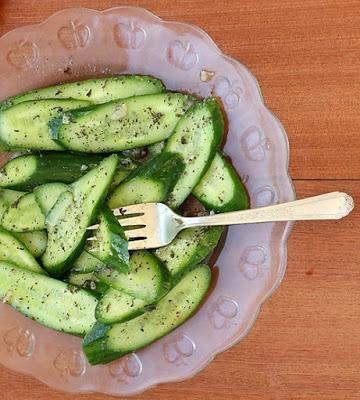Салат-простой до изумления, и вкусный до безобразия