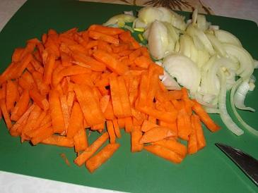 Овощи измельчаем