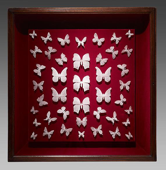 Стеклянные бабочки