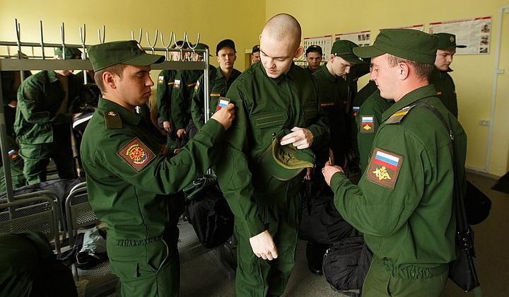 Российские педагоги будут призываться на службу раз в год