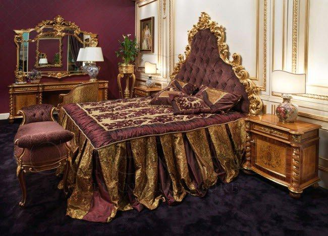 Богатые дворцовые спальни