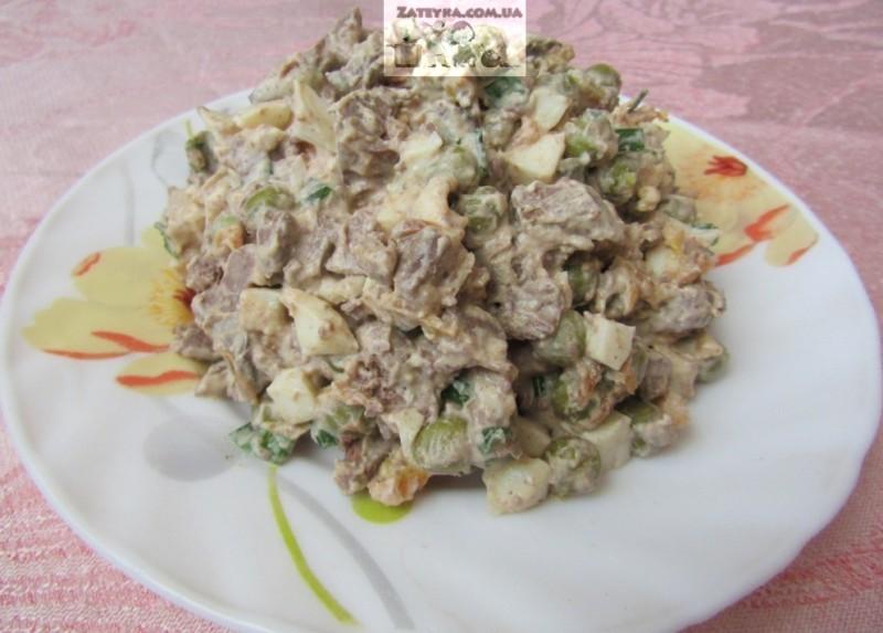 Вкусный, аппетитный и очень нежный салат из куриной печени