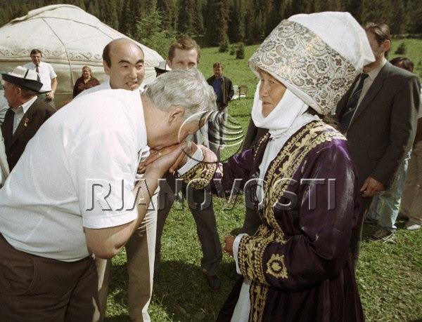 Ельцин в Кыргызстане, 1991.