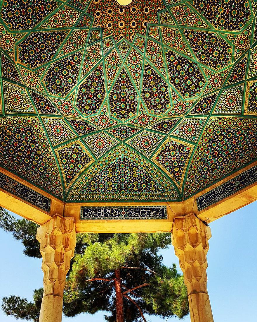 Завораживающая архитектура иранских мечетей