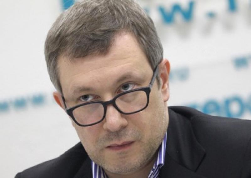 Политтехнологи «Чайка» и «Патриот» работают в ЛДНР с согласия Администрации президента России – Чеснаков