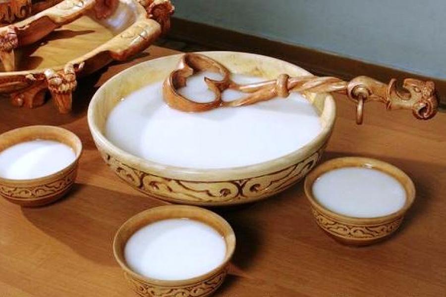 Монгольское бухло из молока