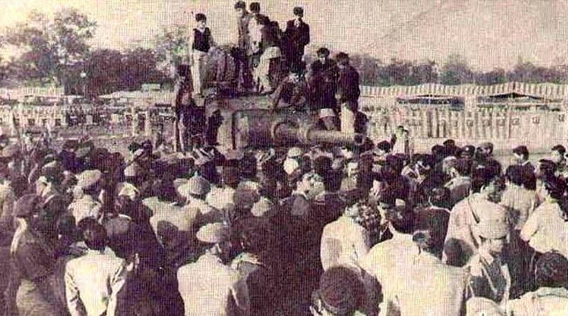 Народное ликование в Лахоре, 1965 год - Индо-пакистанская война 1965 года: танковое сражение за Асал-Утар   Военно-исторический портал Warspot.ru