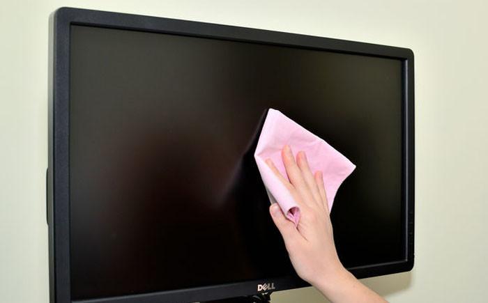 Чем можно почистить телевизор в домашних условиях